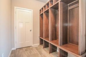 Custom Built-Ins and Closets